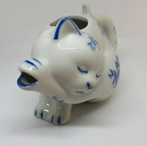 Vintage Porcelain Blue & White Cat Creamer